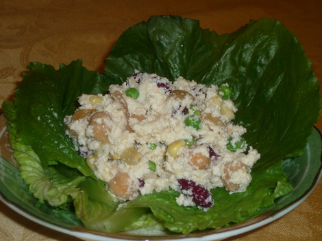 Okara_salad_serve with lettuce