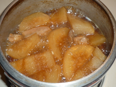 Chicken and daikon-simmer